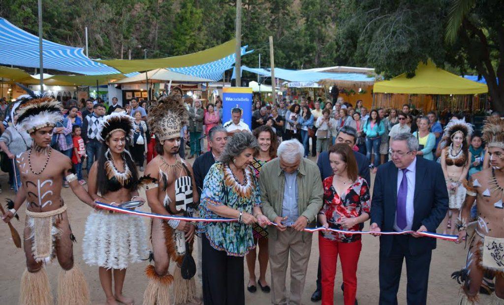 alcaldesa-virginia-reginato-inauguracion-feria-artesania-2017