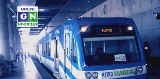 En estación Puerto, Metro Valparaíso. / Fotografía bajo licencia Wikimedia Commons, versión editada por Golpe Noticias.
