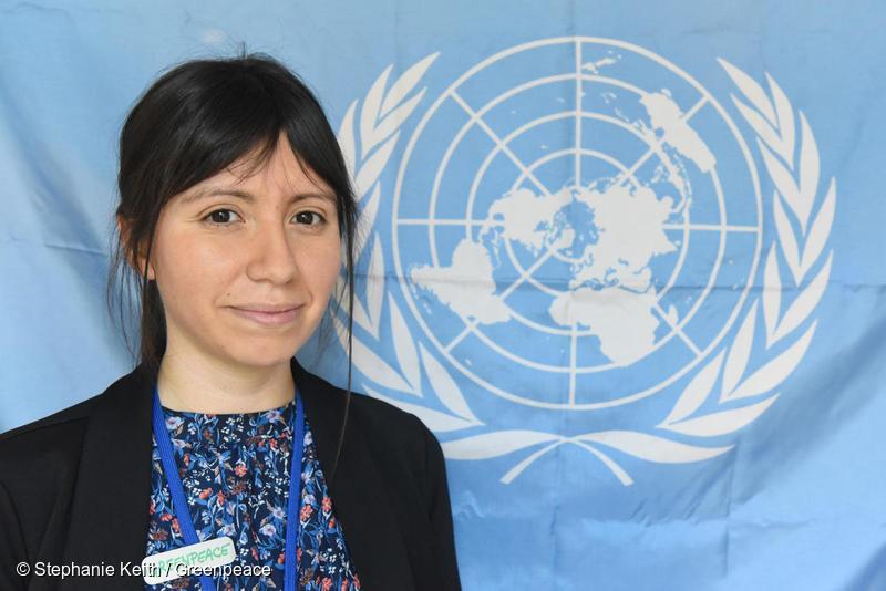 La activista de Greenpeace, Estefanía González fotografiada en la ONU, Nueva York, en 2018. / Créditos en la imagen. Fuente: Greenpeace.org